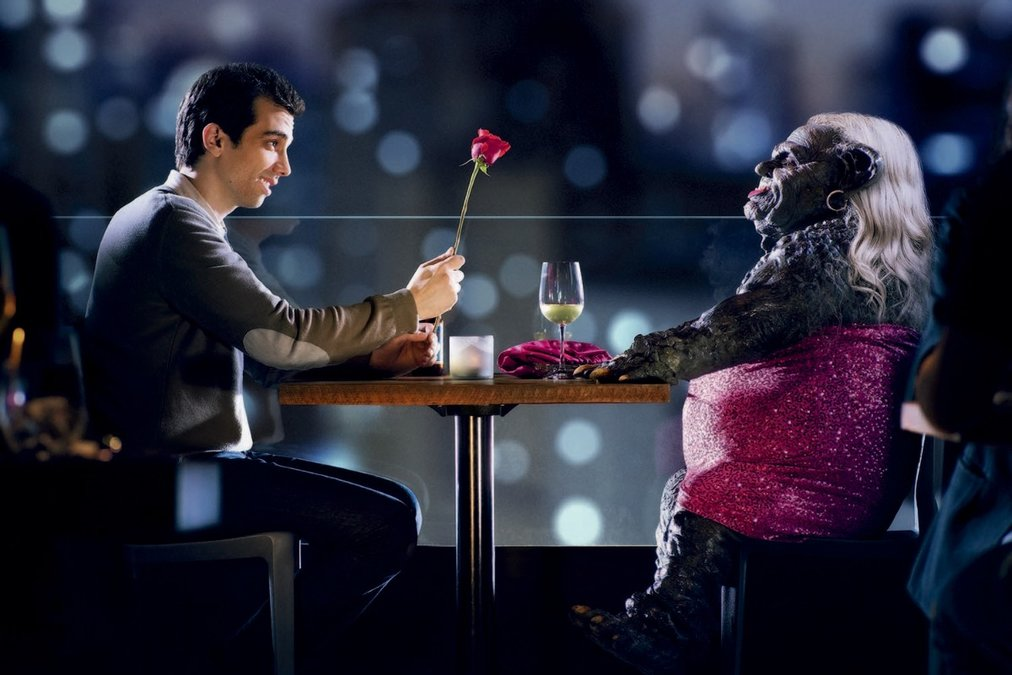 A still from Man Seeking Woman, the FXX show adapted from Rich's story collection.