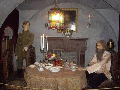 Waxworks of Felix and Rasputin - headstuff.org