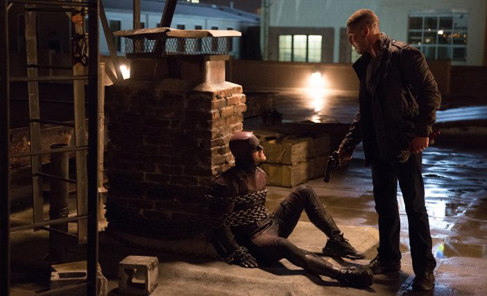Daredevil and Punisher in season 2 of Daredevil - HeadStuff.org