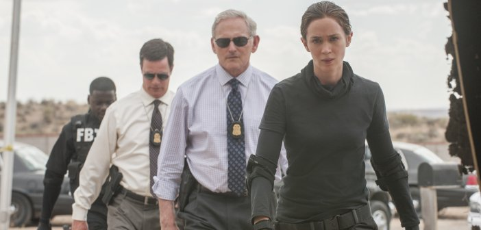 Emily Blunt's Macer leads a group of Arizona police in the initial stages of Sicario - HeadStuff.org