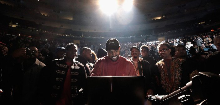 Kanye The life of Pablo - HeadStuff.org