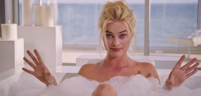Margot Robbie's key scene at the beginning of The Big Short - HeadStuff.org