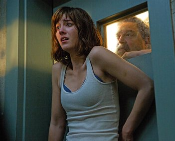 Winstead and Goodman in 10 Cloverfield Lane - HeadStuff.org