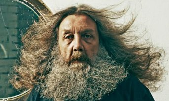 Alan Moore - Author of Watchmen - HeadStuff.org