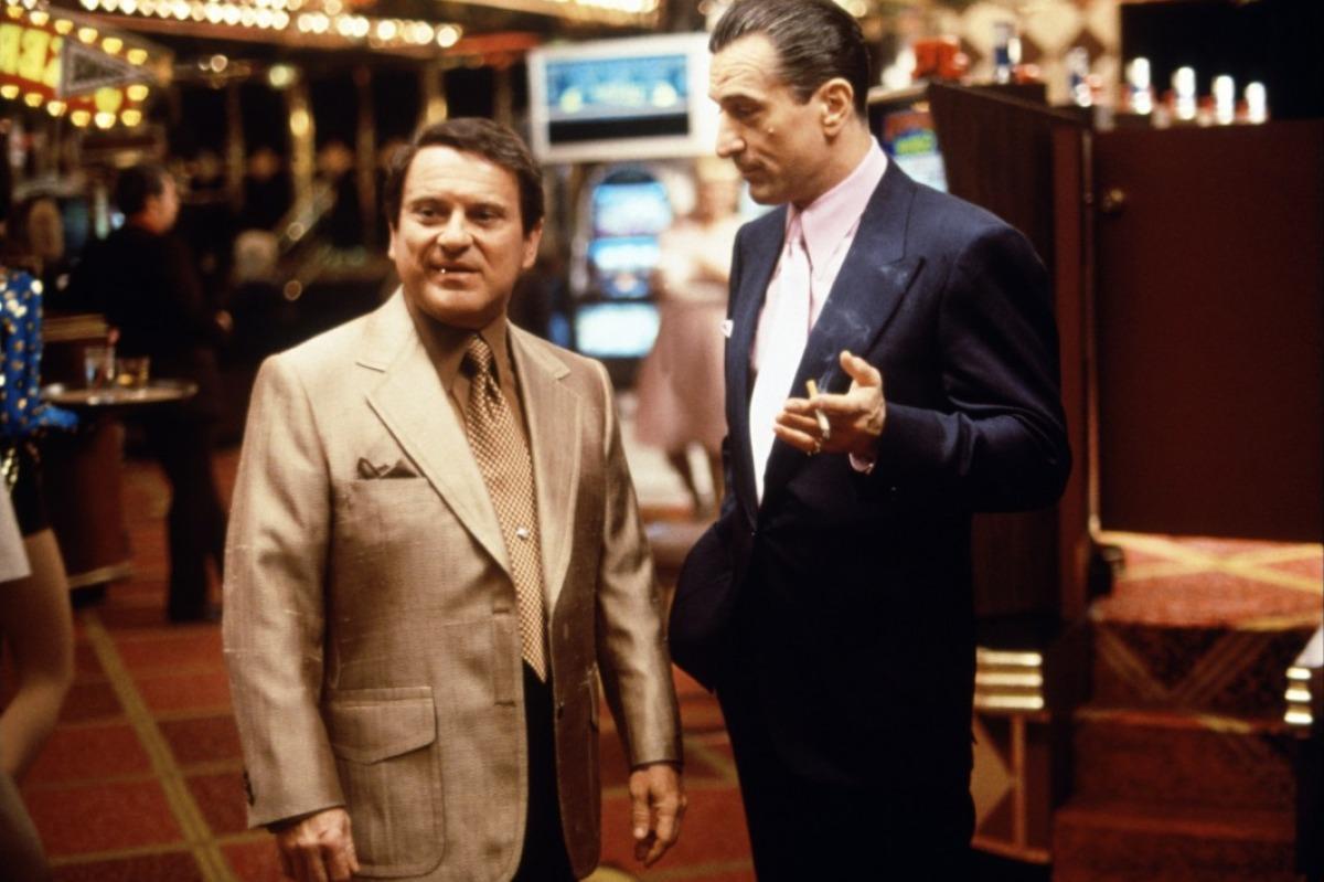 Casino, Joe Pesci, Robert DeNiro - HeadStuff.org