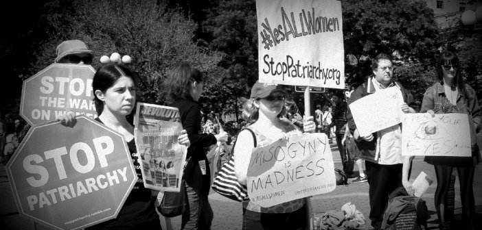 Yes all women sign - HeadStuff.org