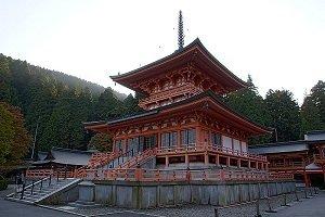 The East Pagoda at Enryaku-ji - headstuff.org