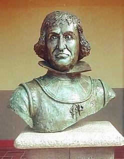 Statue of Catalina de Erauso - headstuff.org