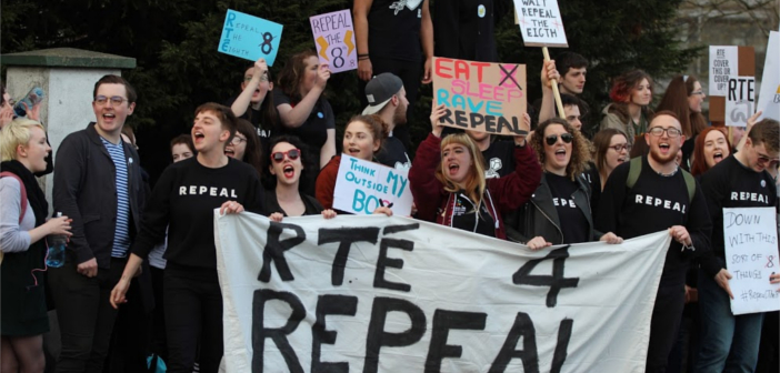 RTÉ 4 Repeal - HeadStuff.org