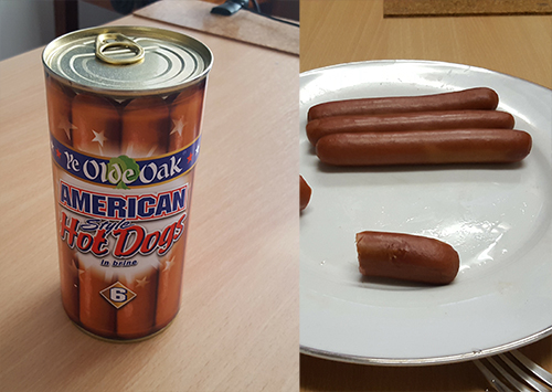 Reviewables episode 28 with Damian Clark, hot dogs in a tin review - HeadStuff.org