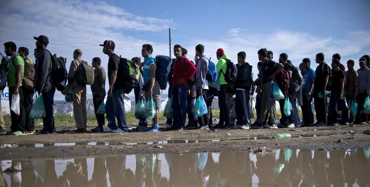 Refugees- HeadStuff.org
