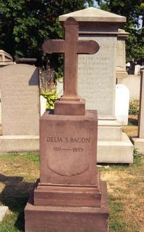Delia Bacon's grave - headstuff.org
