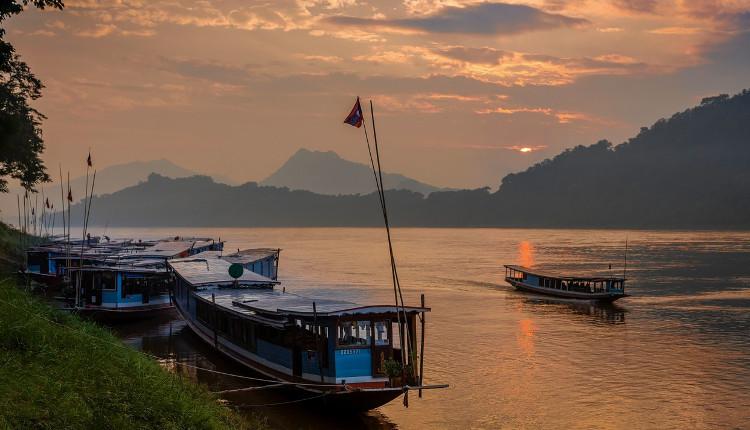 Laos - HeadStuff.org