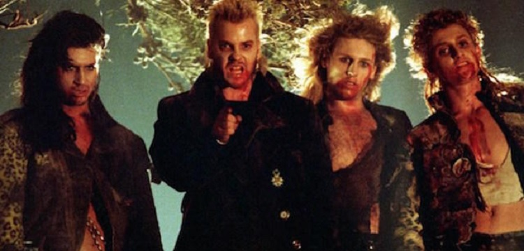 Kiefer Sutherland and the other vampires in The Lost Boys - headstuff.org