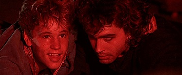 Corey Haim and Jason Patric in The Lost Boys - headstuff.org
