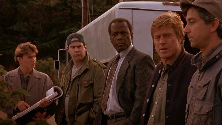 River Phoenix, Dan Ackroyd, Sidney Poitier, Robert Redford and David Straitharn in Sneakers (1992) - headstuff.org