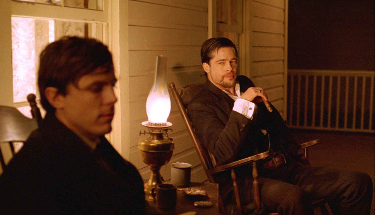 Casey Affleck and Brad Pitt in The Assassination of Jesse James by the Coward Robert Ford. - HeadStuff.org