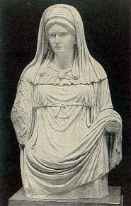 A Roman statue of a Vestal Virgin - headstuff.org