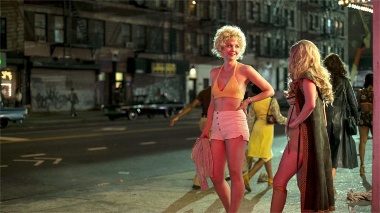 Maggie Gyllenhaal's Candy in The Deuce - HeadStuff.org