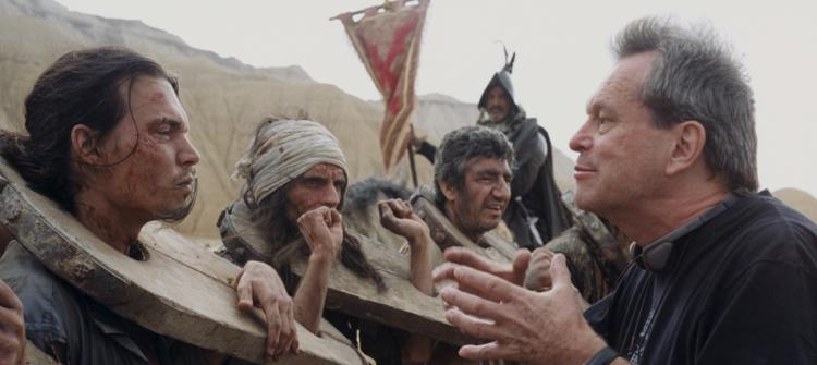 Depp and Gilliam in Lost in La Mancha. - HeadStuff.org