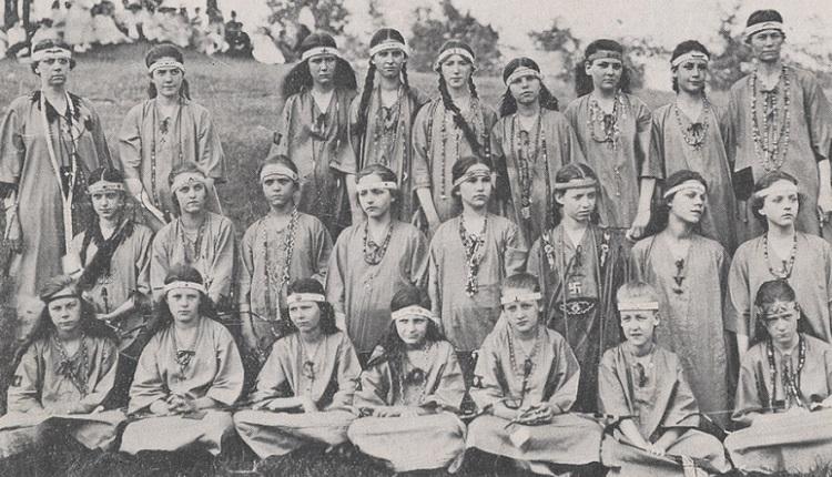 Camp Fire Girls, American Outdoorsman   HeadStuff.org
