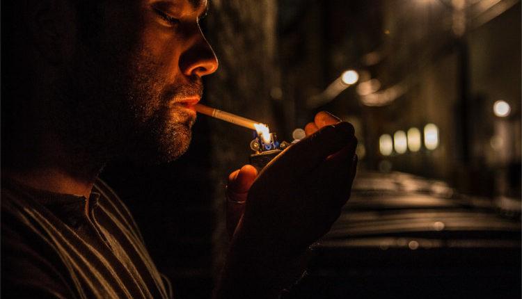 jeff-brown- Smoking - HeadStuff.org