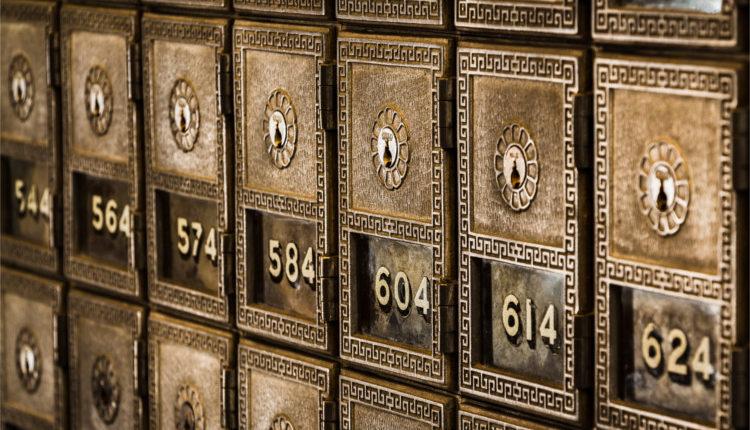 Blockchain Banking - HeadStuff.org