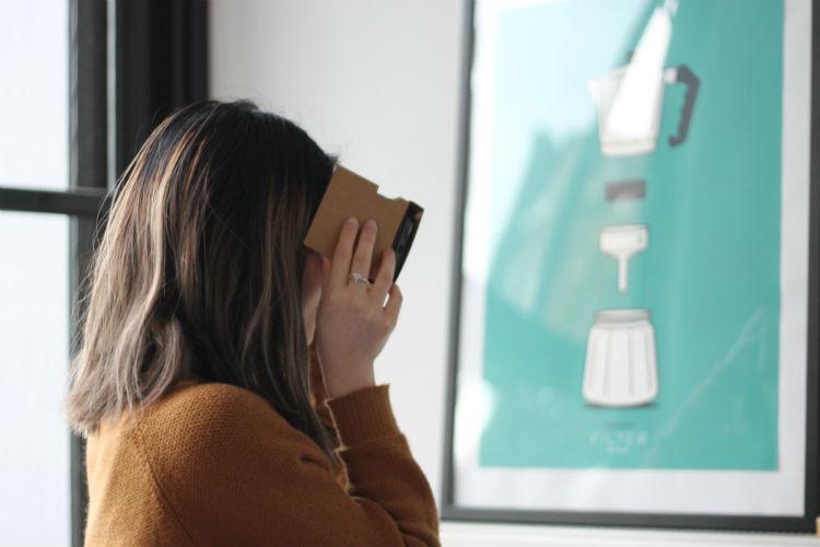 Social VR - HeadStuff.org
