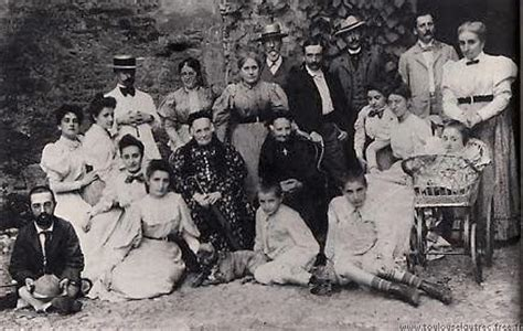 Henri de Toulouse Lautrec and his extended family - headstuff.org