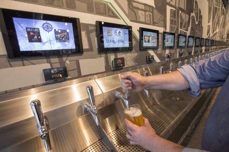 5 Ways Bar Technology Is Changing The Ways We Drink And