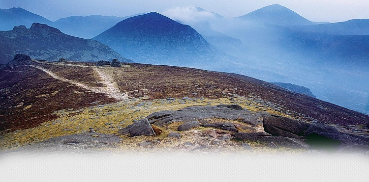 The Mourne Mountains - headstuff.org