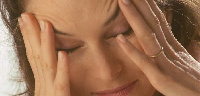 Hormone Therapy May Be OK for Women With Migraines