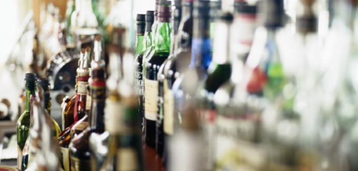 Heavy Drinkers Put Themselves at Risk for Dementia