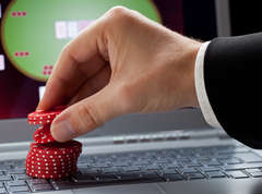 Online-gambling-addiction