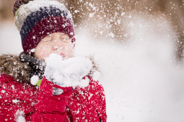Should You Let Your Kids Play Outside in Winter?