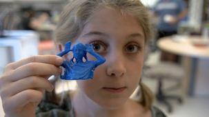 Vidéo - Ingénieure mécanique et coordonnatrice du Makerspace