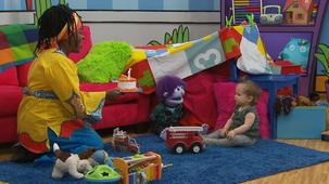 Vidéo - Un bébé à Mini TFO : La visite de Petite Chérie (12 mois) partie 2