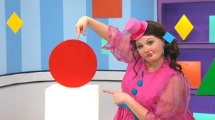 Vidéo - Miss Topé découvre : Le cercle
