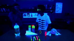 Vidéo - Lumière noire