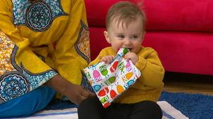 Vidéo - La visite de Petite Chérie (10 mois) partie 1