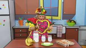 Vidéo - Madame Fruitée Makes a Cake: Ingredients