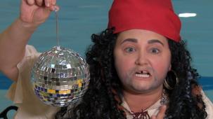 Vidéo - Le pirate raté : Boule disco