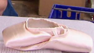 Vidéo - Les chaussons de ballet