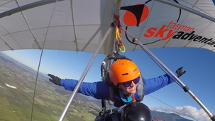 Vidéo - Hang Gliding (With Alex and MJ)