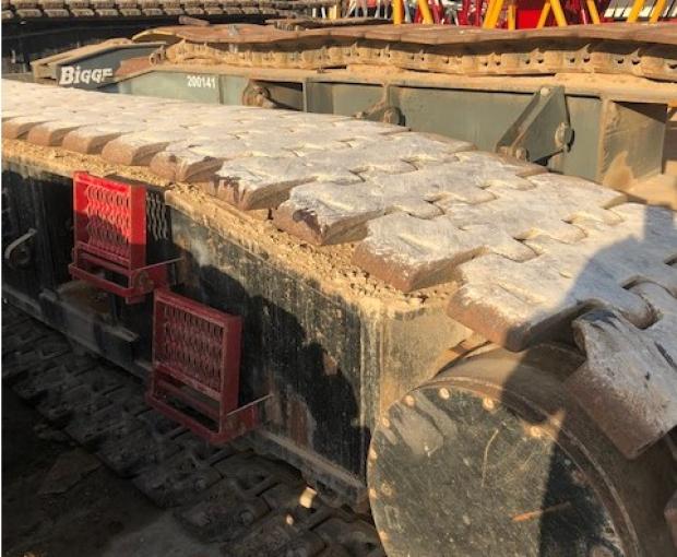 2007 Manitowoc 12000E Crawler Crane 13
