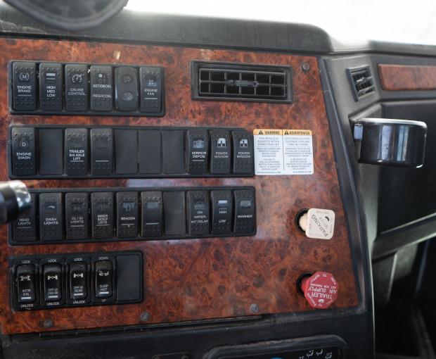 2010 Western Star 4900SA Boom Truck 30