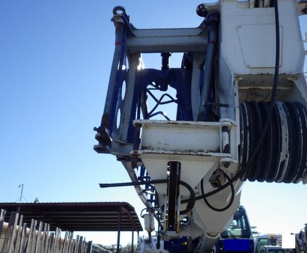 2015 Tadano GR1000XL-3 Rough Terrain Crane 9
