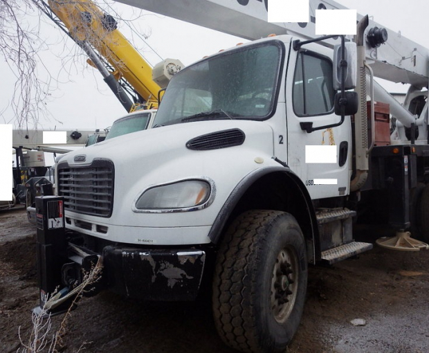 2006 Altec A)38-127 Boom Truck on a 2006 Freightliner M2  38
