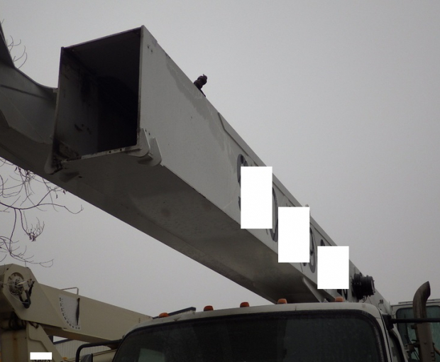 2006 Altec A)38-127 Boom Truck on a 2006 Freightliner M2  10