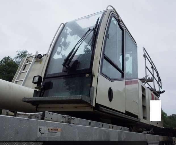 2008 Demag AC250-1 All Terrain Hydraulic Crane 2